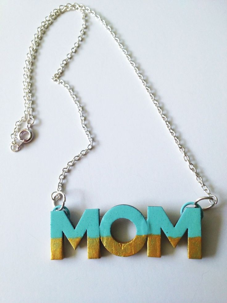 DIY Mothers Day Craft -Mom Necklace