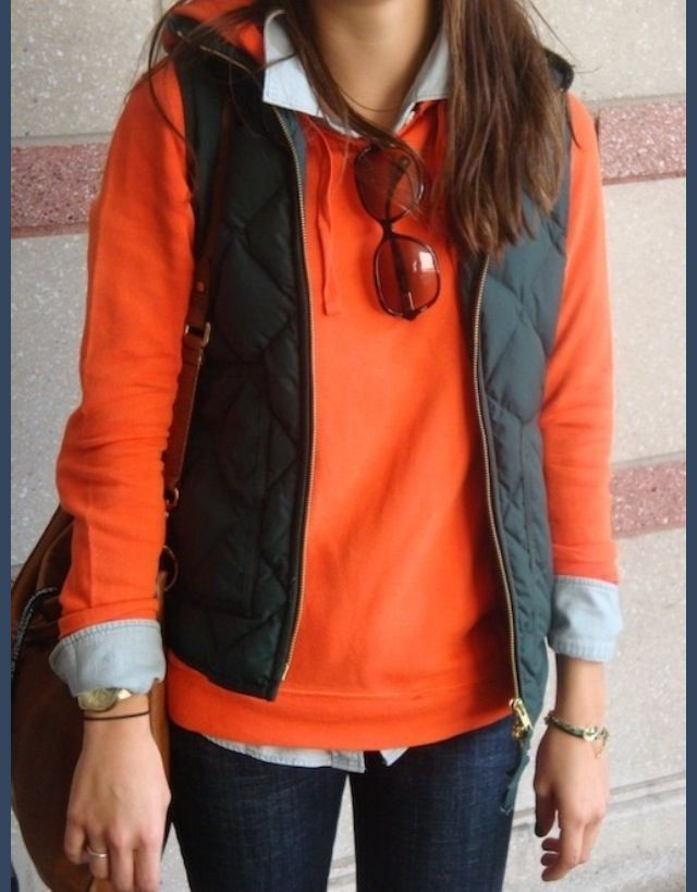 Really like the preppy feel of this outfit and the pop of color.