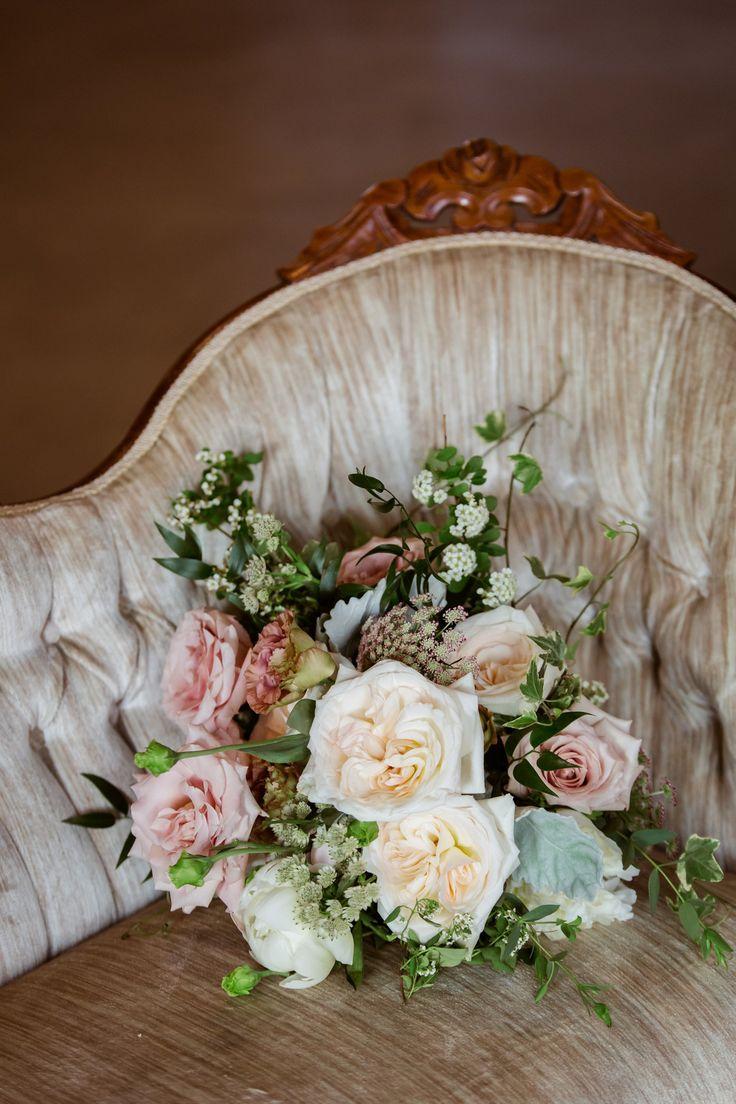 French hen farm blush wedding ohio wedding bridal