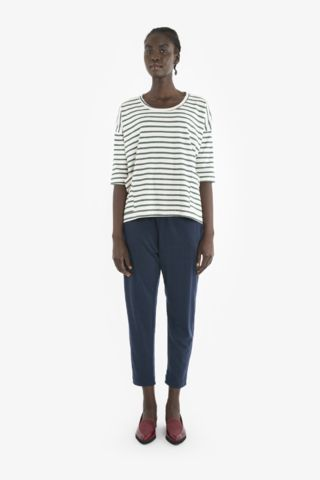 TRAVELLER TOP from Obus Spring17 | A relaxed loose fit tee with dropped shoulders and flattering boat neckline.