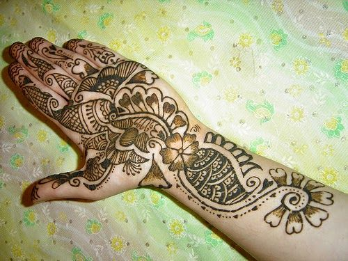 148 best images about henna tattoos ideas design on pinterest henna arm tattoo henna. Black Bedroom Furniture Sets. Home Design Ideas