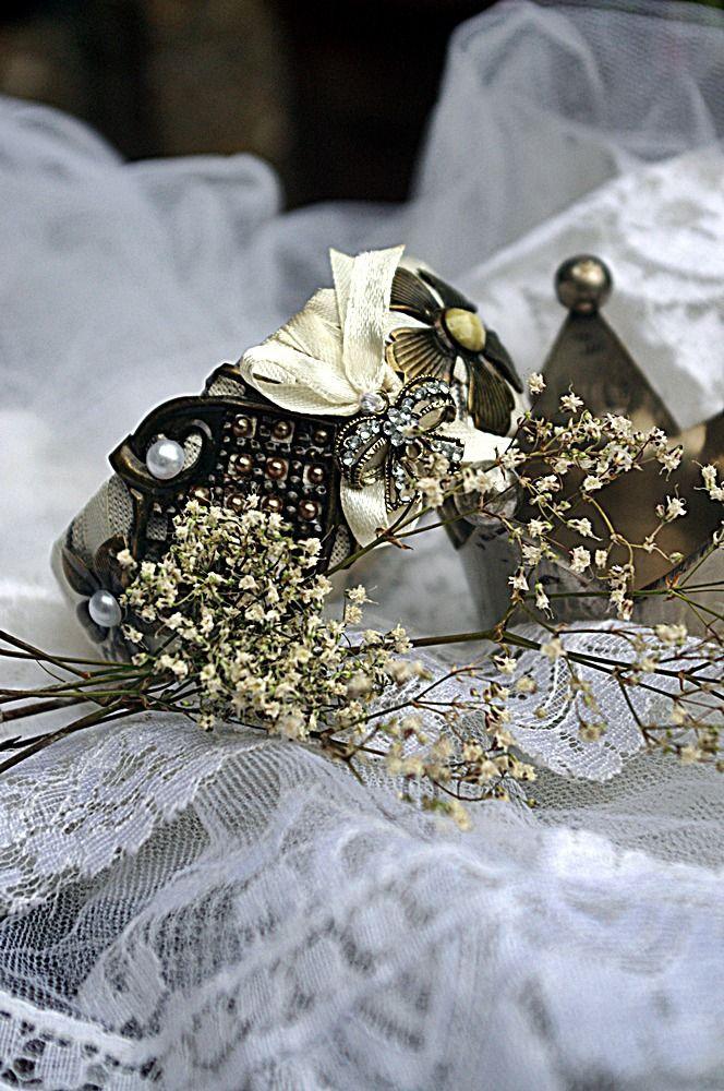 """Bracelet rigide""""délicate attention"""" : Bracelet par mouchette-fait-des-caprices"""