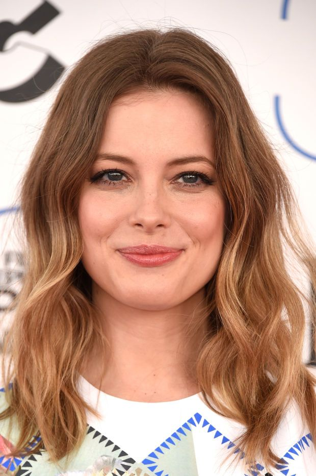 Gillian Jacobs at the 2015 Independent Spirit Awards. http://beautyeditor.ca/2015/02/22/independent-spirit-awards-2015