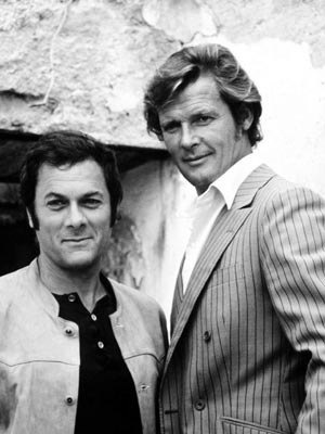 Tony Curtis and Roger Moore, de uheldige helte, portrait, black and white, celeb, famous, cool, hot, sexy