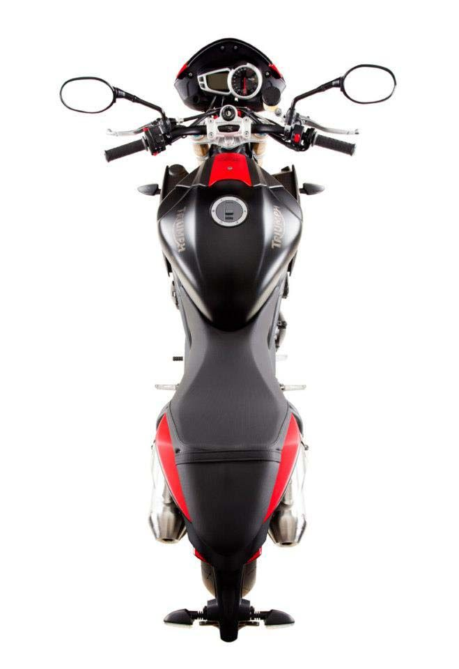 """2016 Only 30 Triumph Speed Triple R """"Dark"""" Bikes for the UK"""