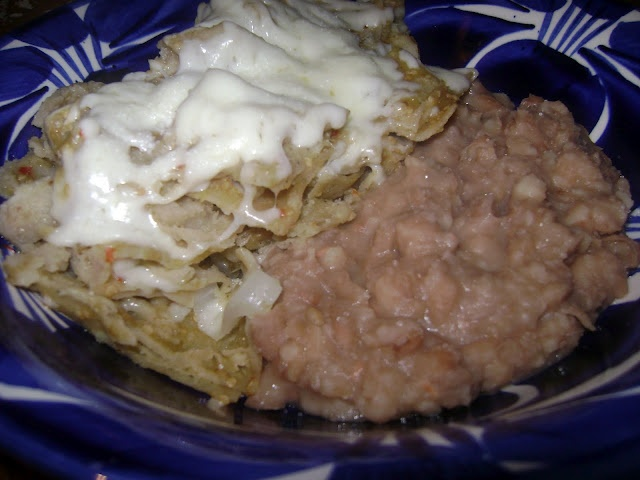 chilaquilesComida Mexicans, Mexican Food, Green Chilaquiles, Yummy Recipe, Mexicans Food, Mexicans Recipe, Red Green, La Cocina De Leslie, Dinner Recipe