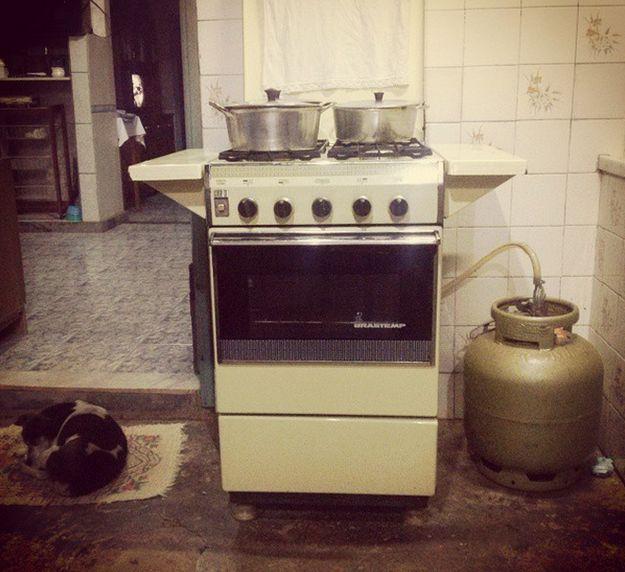 Ele também estava no vidro da frente deste fogão. | 36 objetos que toda casa brasileira já teve