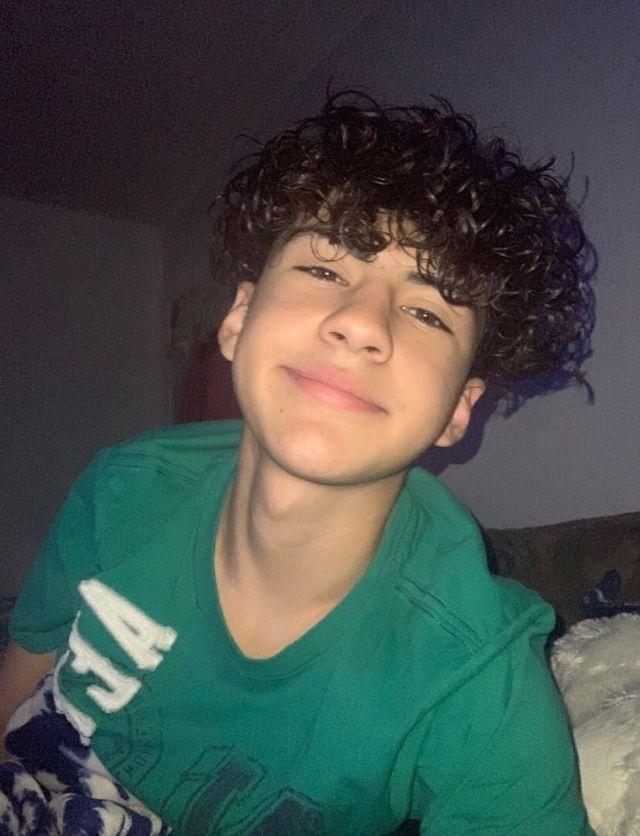Pin By Jamie Trentham On Cute Light Skin Boys Light Skin Boys Boys With Curly Hair Cute Mexican Boys