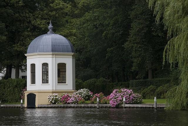 Teahouse and boathouse at Loenen aan de Vecht by dirk huijssoon, via Flickr