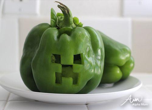 Hee hee! Minecraft Creeper Jack O' Lanterns by Alphamom.com