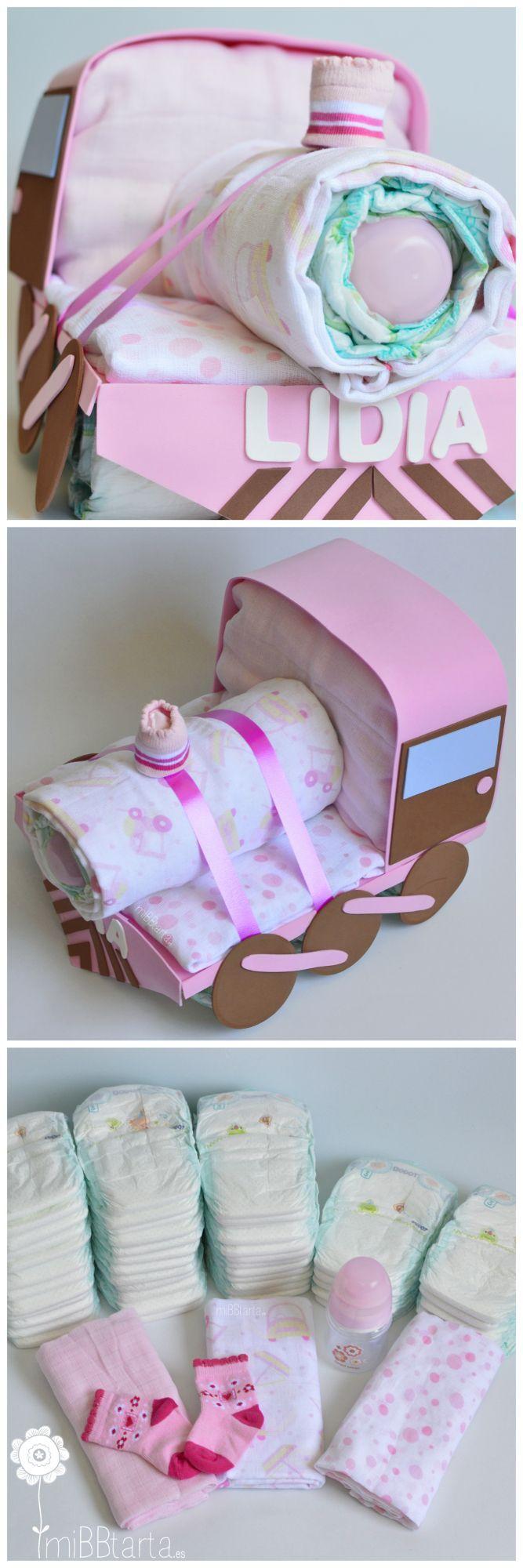 ¿Te gusta este tren de pañales? Un montón de pañales y otros detallitos con una forma original. Esta bonita tarta de pañales puedes encontrarla en https://mibbtarta.es/producto/tren/ y si quieres ver coches de pañales, motos de pañales, aviones, barcos y muchas figuras de pañales con canastillas de bebé visita nuestra tienda online www.mibbtarta.es #trendepañales #canastilla #babyshower #regalonacimiento #regalobebe #cestanacimiento #cestabebe #regalosoriginales #tartadepañales…