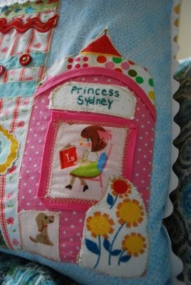 Making a Princess Pillow from Vintage Fabric: Creative Ideas, Kids Stuff, Patchwork Applique, Vintage Fabrics, Princesses Pillows, Vintage Ideas, Crafty Crafts, Diy Projects, Sydney Pillows