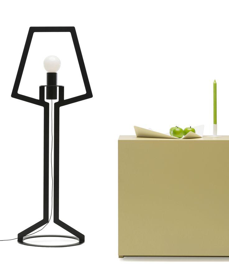 Deze Gispen Vloerlamp is een echte eye-catcher! #dutchdesign #lighting