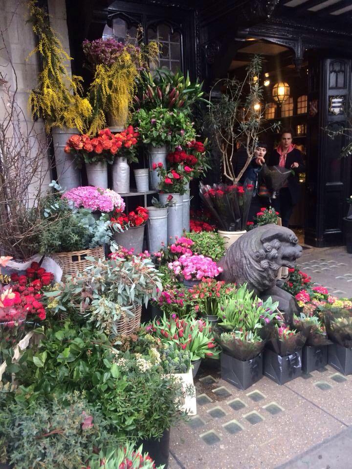 London flower market photo credit @neenahpalmo