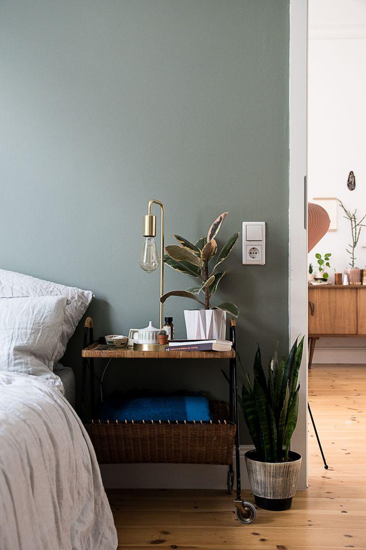 Home Style Sea foam wall color