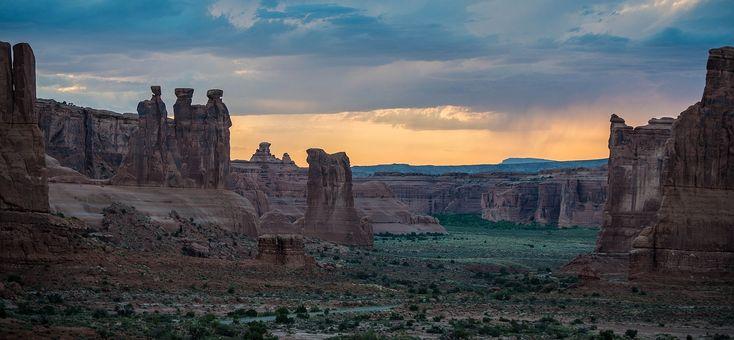 Direction #Moab, ville située à côté de deux grands parcs nationaux : #canyonlands et #Arches