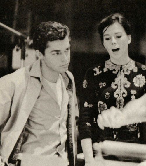 Natalie Wood & Richard Beymer cast of west side story: best movie of all time