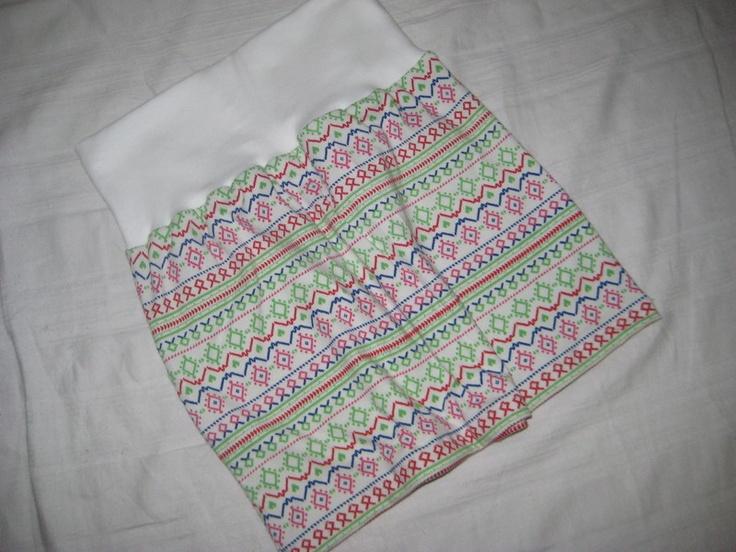 Mitwachsrock    Gr.  80 - 86       Praktisch und flexibel! Dieser mitwachsende Babyrock ist für das Kleine bequem zu tragen und der Mama vereinfacht
