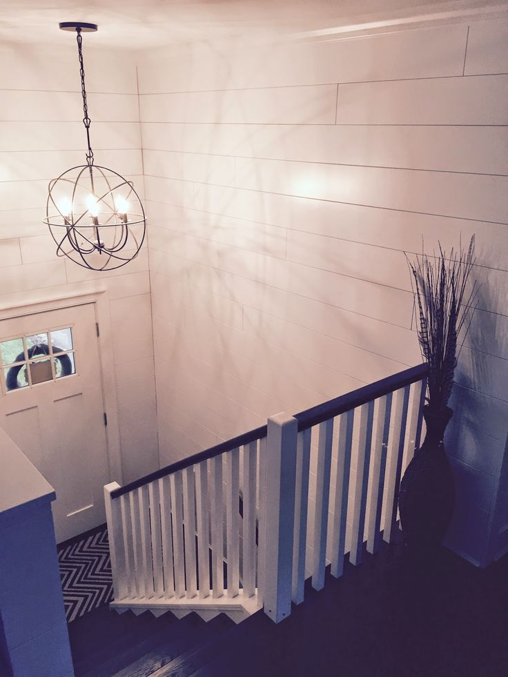 Split Entry Foyer Lighting : Best ideas about split level home on pinterest