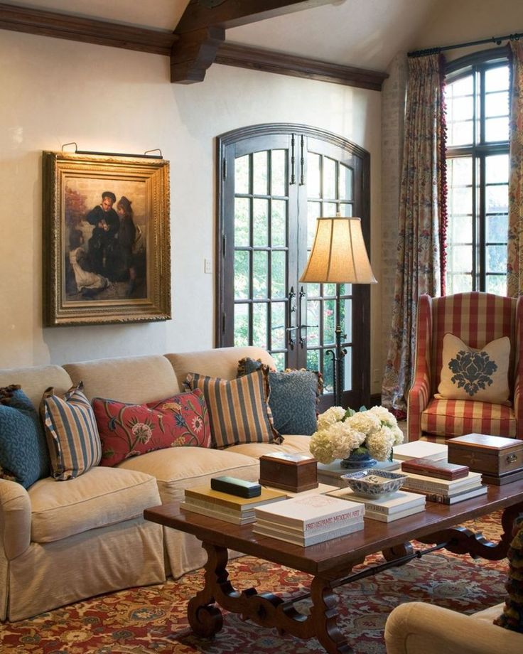 Incredible French Country Living Room Decorating Ideas (21)
