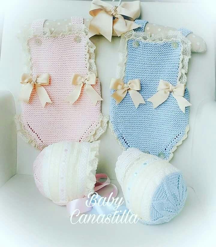 chaquetas de punto y vestidos para bebé fabricados en punto