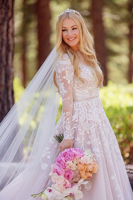 This Over The Top Wedding Had 4 Outfit Changes A Blue Horse In 2018 Cool Bride Pinterest Dresses And Bridal