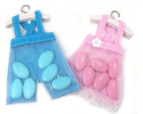 <p>Vestido o pantalón rellenos de <strong>dulces</strong> para…