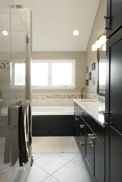 Contrast is everything when it comes to your master #bathroom design.
