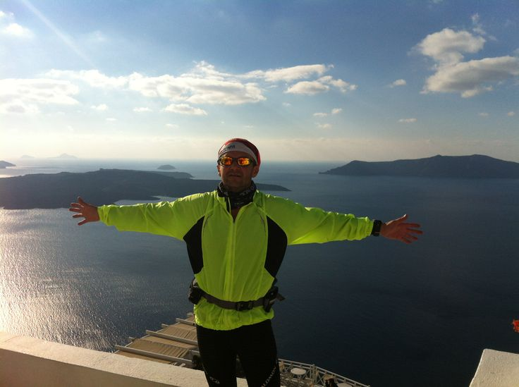 Running the length of Santorini island. The grand finish!