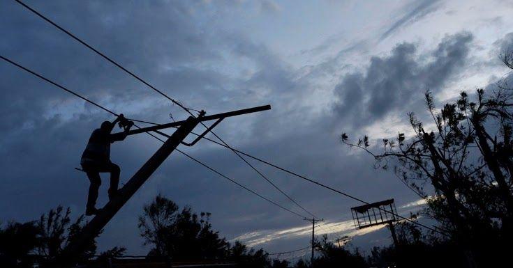 Στο σκοτάδι πάνω από 800.000 νοικοκυριά λόγω του κυκλώνα Μάθιου στην Φλόριντα
