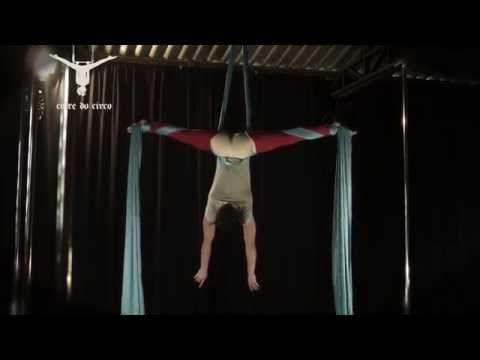 Aerial Silk - Crossback Straddle   Tecido Acrobático - Portagem - YouTube