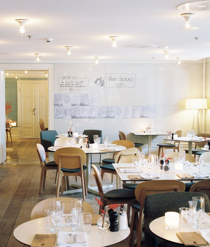 Långa Raden, the restaurant at Hotel Skeppsholmen in Stockholm, Sweden. Photo by Erik Wåhlström.