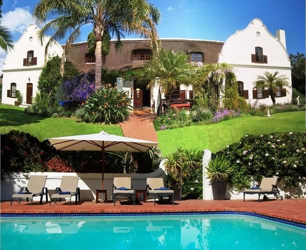 Somerton Manor Guest House B, Somerset West. Looks a lot like a Mediterranean paradise.