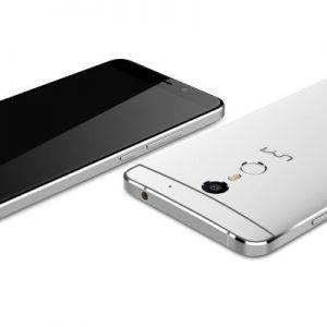 """Ook de #Umi Max is weer zwaar in de aanbieding! 5.5"""" Full HD met de supersnelle Helio P10 8-Core processor @2.0GHz, #GB geheugen en 16GB opslag (uitbreidbaar)! Ook deze Smartphone draait op Android 6.0! Nu €137 of €147 vanuit EU !!  http://gadgetsfromchina.nl/umi-max-5-5-3gb16gb-smartphone-e137/  #Gadgets #Gadget #GadgetsFromChina #Gearbest #sale #deal #offer #Umi #Max #camera #Helio #P10 #Android #metal #unibody #fast #design #cool #photo #selfie #smart #smartphone #telefoon"""