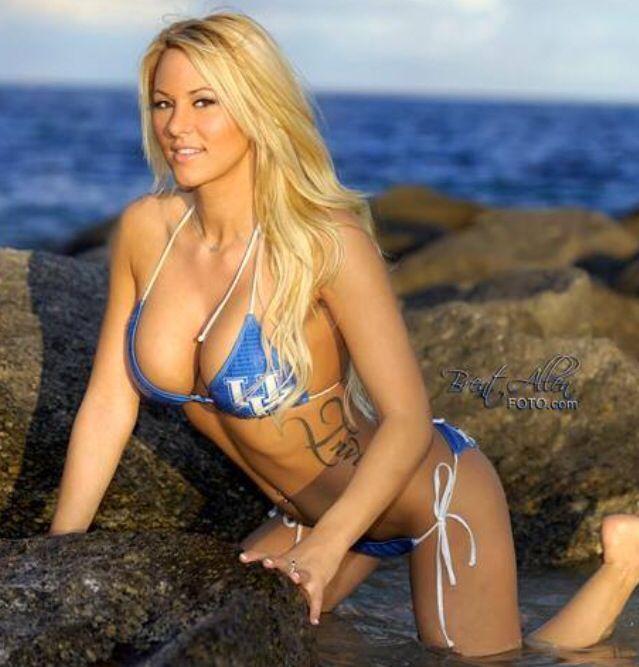 98 best Kindly Myers images on Pinterest | Hot bikini ...