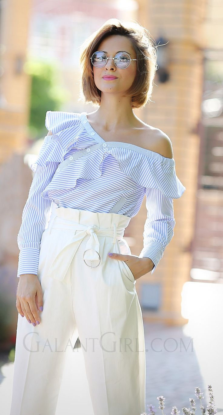 ruffle_summer_top_outfit_ideas_