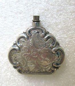 Parfum - Flakon / Riechfläschchen antik - Silber