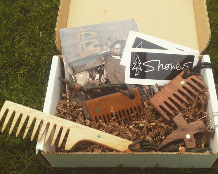 HAPPY MONDAY! Came home from vacation last week to find this amazing box sent to me by my new friend @shoneswoodshop ! I opened it with great anticipation and I was blown away when I saw what was inside! From left to right, straight maple hair/beard rake for gents/ladies, roast quilt curly Birdseye for short beards, standard beard rake, walnut faith pendant. SOON AVAILABLE IN OUR STORE.
