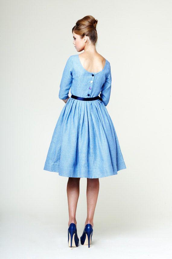Anna  Custom Made abito di lino blu di Mrs scritto di mrspomeranz, £315.00