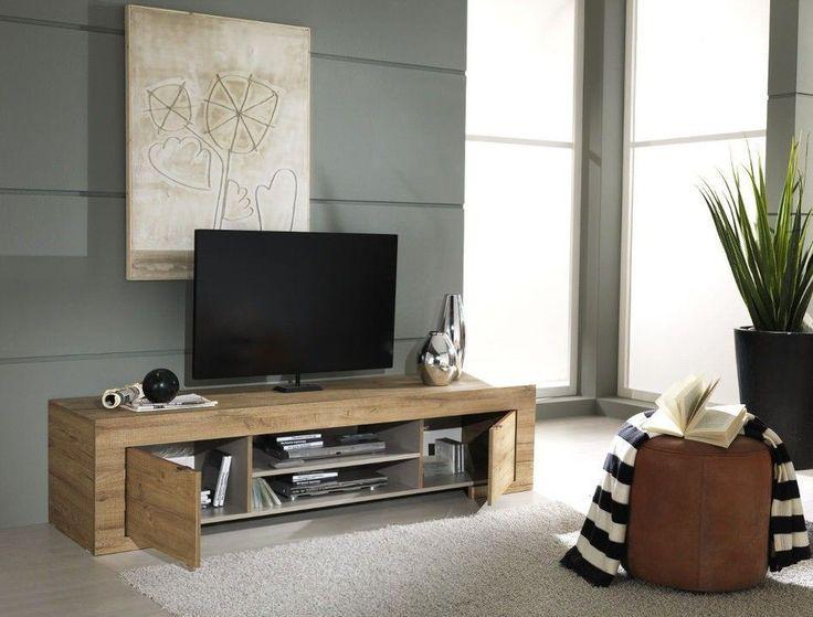 Dit design TV meubel is ontworpen door het Italiaanse merk Benvenuto Design en verdient alle lof. Door het praktische ontwerp kun je al jouw spullen netjes wegwerken. De warme naturel eiken afwerking zorgt voor een huiselijke sfeer in jouw interieur. Het TV meubel Milana zal je niet teleurstellen en het leven voor jou een stukje gemakkelijker maken. Houten TV meubel Milana is uitgevoerd in kwalitatief hout.