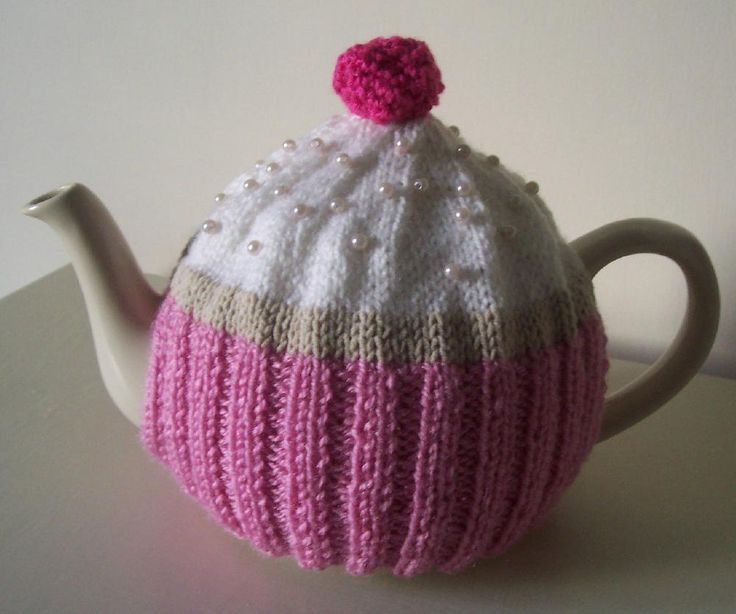 "This pattern lets you make my cute ""Cupcake"" tea cosy for your very own teapot. Every teapot deserves a nice jumper to keep it warm and every tea table deserves a bit of prettiness."