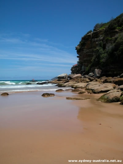 Sydney Pictures - Freshwater Beach surrounded by Sandstone Cliffs  M <3