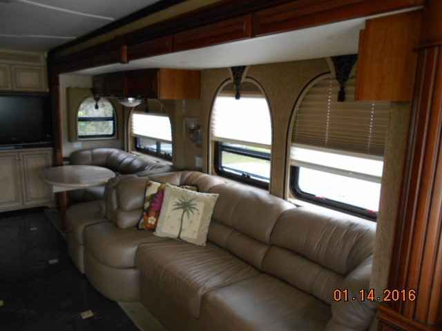 2008 Used Newmar Essex 4502 Class A in Florida FL.Recreational Vehicle, rv, 2008 Newmar Essex 4502, 2008 Newmar Essex, Model 4502, Cummins 500 HP diesel, 4 slide outs, Spartan K2 chassis, Onan diesel generator, recent new tires, 3 roof top a/c units w/heat pumps. Oasis hot water heat, electric floor heat, exterior entertainment center, central vac, KVH R-6 satellite, exterior Norcold freezer on slide, pass-through storage bay slide trays, Bordeaux full body paint, all electric coach and…