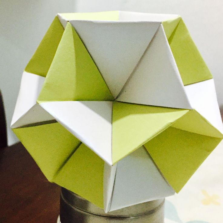 Dodecahedron Skeleton  30 pieces  Paper majestic 120 gr  9x9 cm each piece