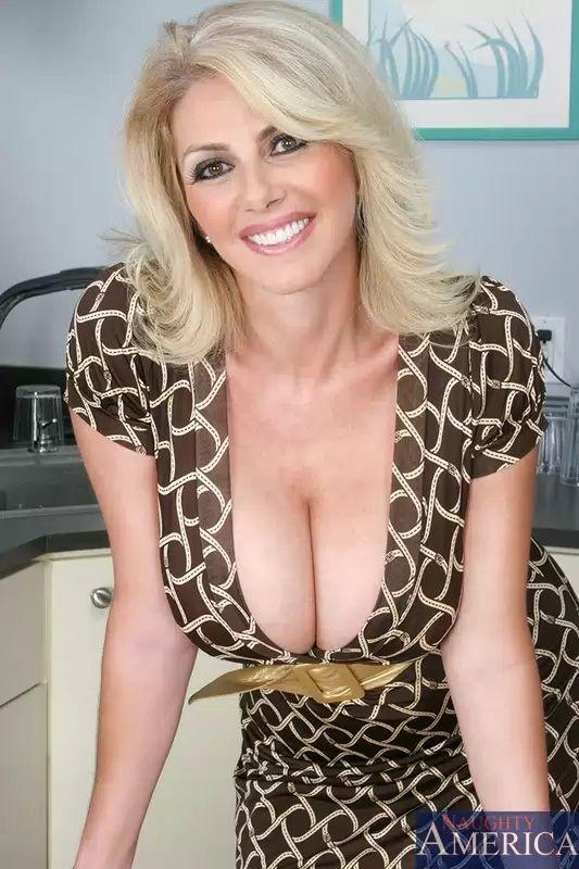 Best Sexy Mom 38