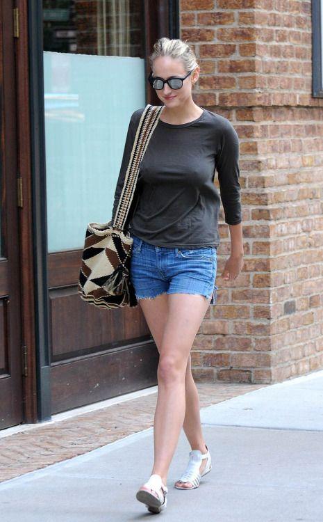 Leelee Sobieski  Pretty Women  Leelee Sobieski, Bra -2119