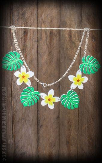 Halskette - Frangipani-Blüten und Blätter  #frangipani 'halskette #rockabillyrules