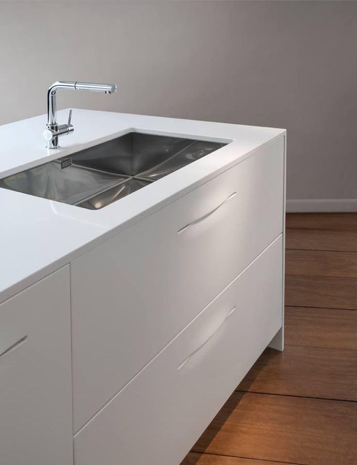 #White #Pampa #Schiffini #kitchen #eurocreaions