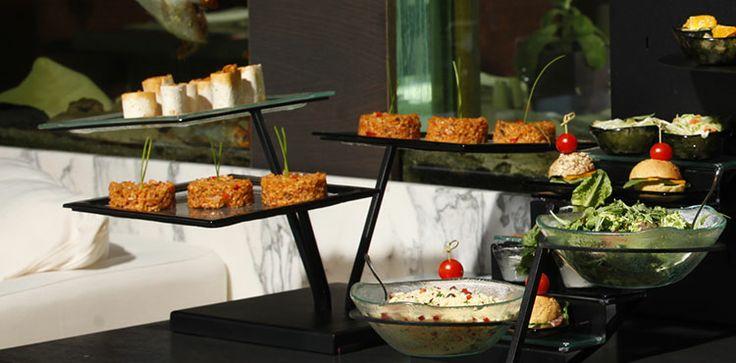 Plate buffet risers