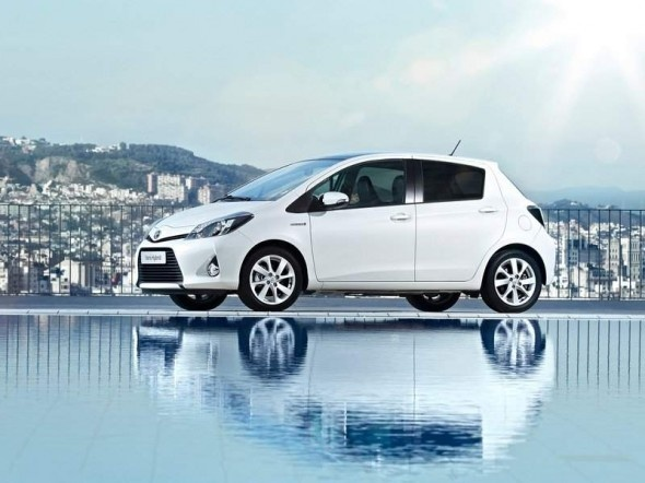 The 2013 Toyota Yaris Hybrid Is The Most Popular Cars That Available In  Europe.